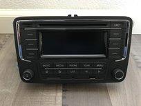 Vw Passat pasvorm Radio Cd Usb Sd Aux Bluetooth Carkit / Streamen alles in 1